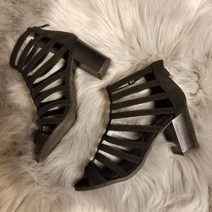 Beautiful TOP Moda Strappy Sandals